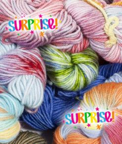 Mini surprise skeins - Hand Dyed - Artigina