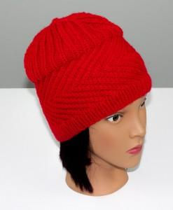 Tuque en acrylique rouge (haute) (coté) | Fait main Artigina
