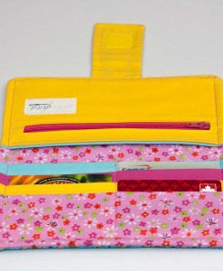 Portefeuille pour femme petites fleurs (intérieur) | Fait main Artigina