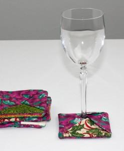 Sous-verre identificateur feuilles de houx rose (coupe à vin) | Fait main Artigina