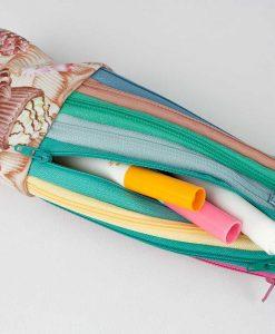 Étui à crayons zip (ouvert) - fait main par Artigina