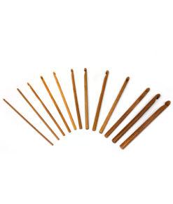 Crochets en bambou