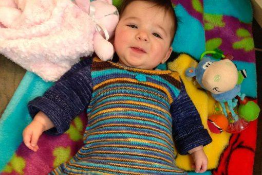 Patron de tricot Annabelle - Robe de bébé - À la maille suivante (06)
