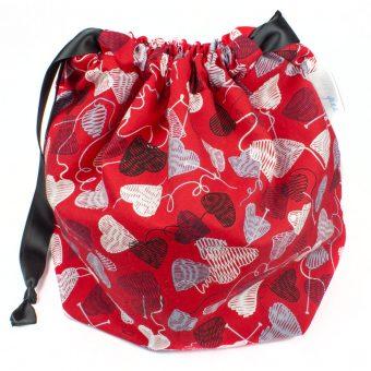 Sac à tricot avec pochette de rangement - Coeur en laine rouge (Artigina)
