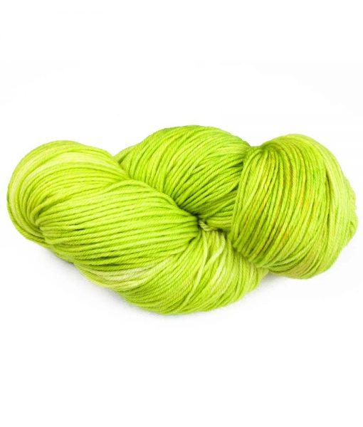 Laine teinte à la main Fingering - Vert printemps - Artigina