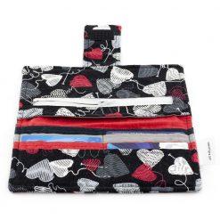 Portefeuille fait main - Coeurs de laine sur tissu noir - Artigina