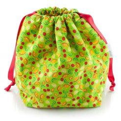Sac à tricot avec pochette de rangement - Petits fruits sur fond vert - fait main Artigina