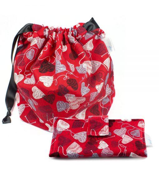 Ensemble sac à tricot et portefeuille - Cœurs de laine sur fond rouge - Artigina